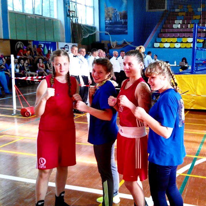 Кубок Украины по боксу среди женщин: одесситки везут золото и бронзу