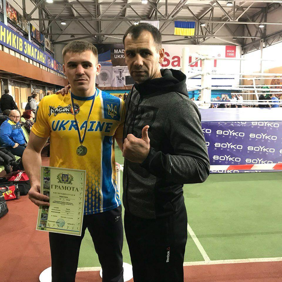 Чемпионат Украины по кикбоксингу WAKO: спортсмены Одесской области стали серебряными призерами, а Артур Закирко – чемпионом