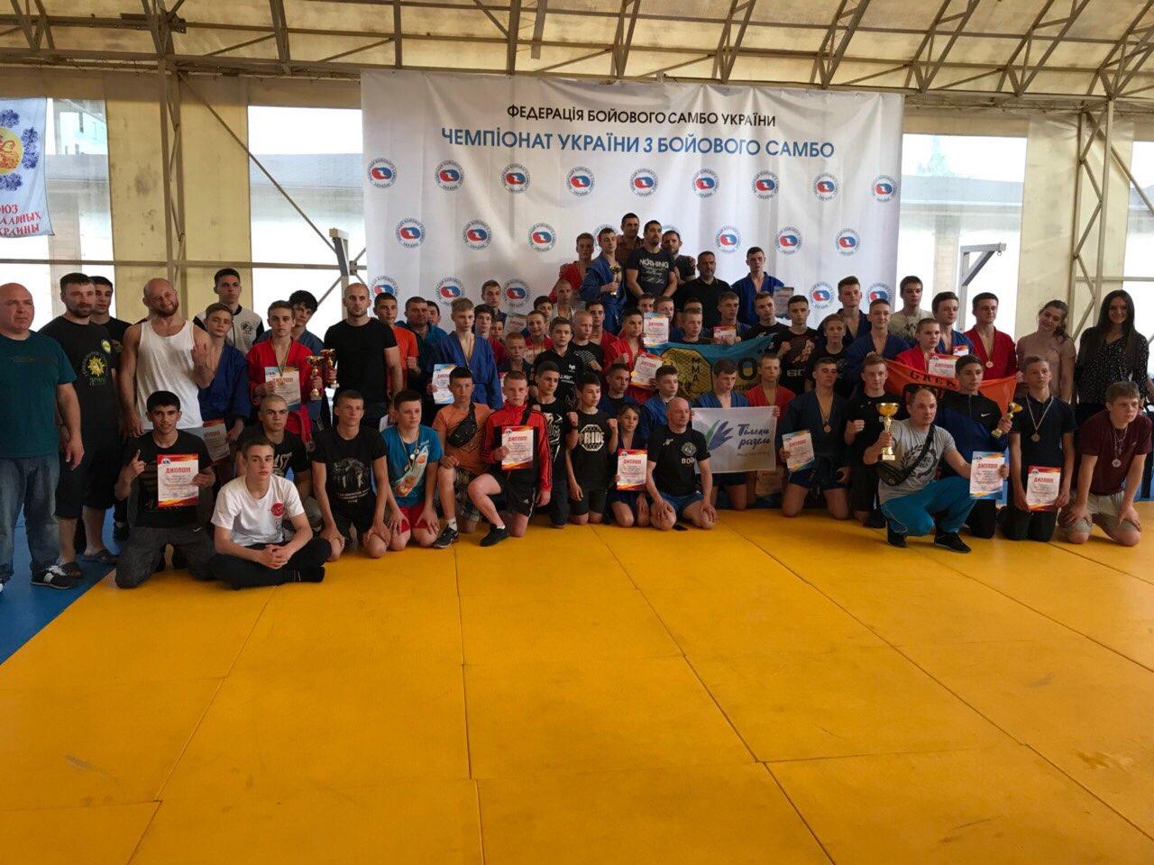 Чемпионат Украины по боевому самбо: одесситы привезли 8 золотых медалей и 1 бронзу