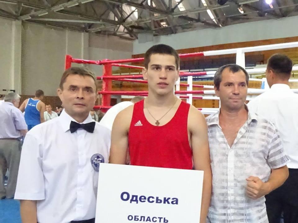 Чемпионат Украины по боксу среди студентов: Одесскую область представляет Владимир Перегиняк