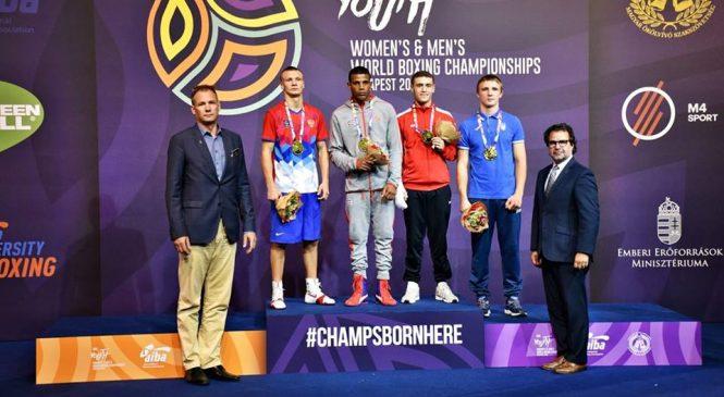 Чемпионат мира по боксу среди молодежи: одессит Максим Молодан – бронзовый призер
