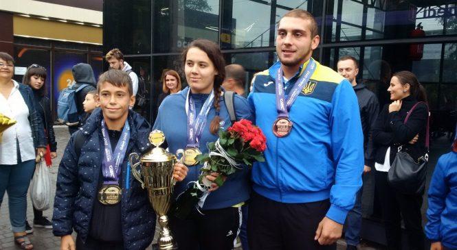 Одесситов, ставших чемпионами и призерами чемпионата мира по грэпплингу 2018, встретили дома