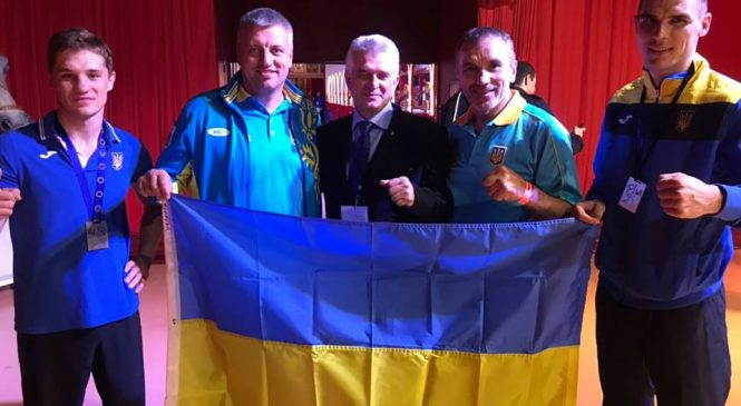 Чемпионат Европы по французскому боксу Сават: у одессита — серебро, у харьковчанина — золото