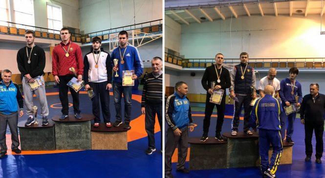 Одесские спортсмены завоевали 4 медали на мастерском турнире по вольной борьбе
