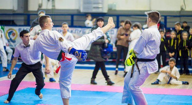 Турнир по контактному каратэ «Первенство Украины» определил спортсменов на кубок Евразии