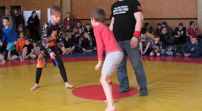 Спортсмены Одесской области завоевали 17 наград в соревнованиях по Luta Livre Esportiva «Вызов Днепра 2»