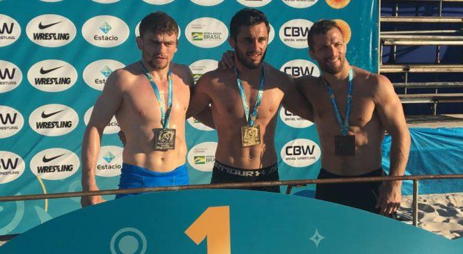 Одессит Семен Радулов еще на шаг ближе к званию чемпион мира по пляжной борьбе