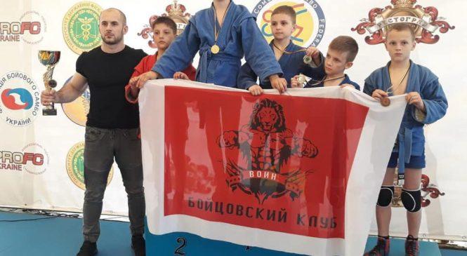 Одесситы завоевали 5 наград и 2 общекомандное место на чемпионате Украины по боевому самбо и 4 золота на кубке мира по боевому самбо