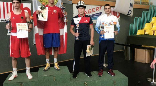 Юрий Захареев на международном турнире по боксу в Германии стал бронзовым призером
